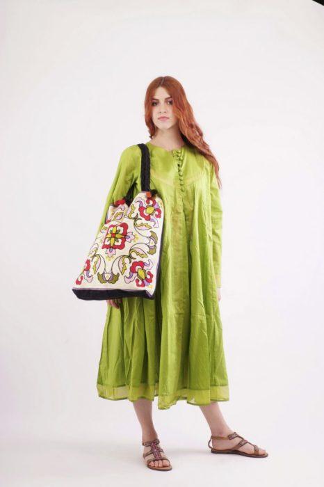Πράσινο κυρτά φόρεμα