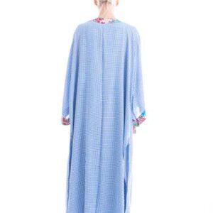 Σετ από μάξι κιμονό και φαρδιά παντελόνα σε δροσερο πτι-καρώ σε γαλάζιο χρώμα
